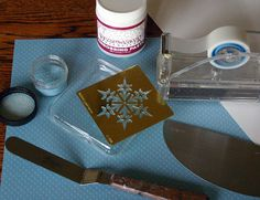 Dreamweaver Tutorial Thursday: Embossing Paste on Glass Ornaments - Paper Craft Planet Dreamweaver Tutorial, Adobe Dreamweaver, Glass Ornaments, Thursday, Craft Projects, Card Making, Paper Crafts, Tutorials, Shapes