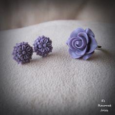 Anillo y pendientes lilas