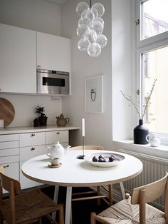 Mellow Saturday mornings in the kitchen. Featuring a subtle print by Studio Paradissi, completing the minimalistic aesthetic.Listed at styled by and photographed by . Decor, Cheap Home Decor, Kitchen Design, Kitchen Decor, Home Remodeling, Interior, Kitchen Interior, Home Decor, House Interior