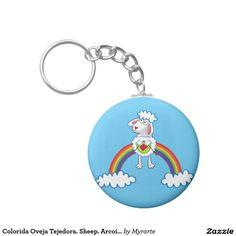 Colorida Oveja Tejedora. Sheep. Arcoiris, rainbow. Regalos, Gifts. #llavero #KeyChain