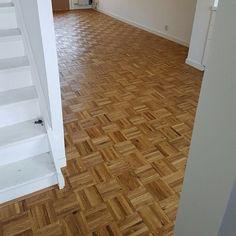 Eiken Mozaïek vloer Amsterdam - Visgraatvloer Parquet Flooring, Floors, Best Interior, Interior Ideas, Amsterdam, Tile Floor, House Design, Dream Houses, Architecture