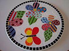 Resultado de imagem para portal do mosaico Mosaic Rocks, Stone Mosaic, Mosaic Glass, Mosaic Tray, Mosaic Tiles, Mosaic Crafts, Mosaic Projects, Sun Clip Art, Mosaic Flowers