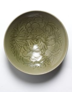 Bowl (Bowl) | V&A Search the Collections | China (made) Shaanxi province (960-1127) southern Song dynasty