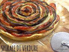 La spirale di verdure è una torta salata estremamente buona e scenografica, provate a realizzarla seguendo la mia ricetta.