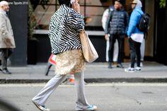 London – Brewer Street. #AW16; #England; #FW16; #Fashion; #LFW; #London; #Moda; #Mode; #Street; #StreetStyle; #Style; #UK; #Woman; #Women Photo © Wayne Tippetts