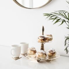 Gold Lily cake stand and Leaf coasters