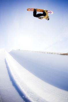 Flying with snowboarding   #snowboarding #sport #snow #blueprint  http://www.blueprinteyewear.com/