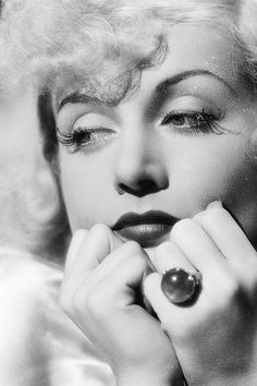 Carole Lombard - The ring is her engagement ring from William Powell.