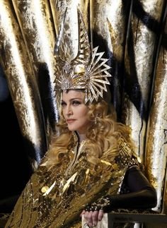 The queen, any doubt?  http://imagem-madonna.blogspot.com/