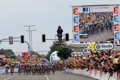 Pro Cycling WorldTour - Community -  Dusseldorf votes to bid to host the Tour's 2017 start, but doubts linger that the event would be worthwhile, and that's a pity.