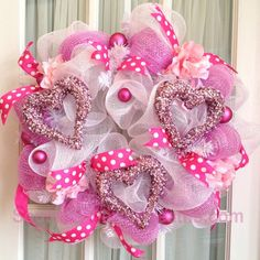 Adorable Valentine's Day Wreath- LOVE!