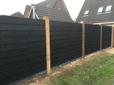 Fijnbezaagde Eiken Paal 150 x 150 mm () Back Garden Design, Fence Design, Fence Landscaping, Backyard Fences, Outdoor Spaces, Outdoor Living, Outdoor Decor, Dream Home Design, House Design