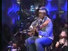 ▶ Lauryn Hill - I Gotta Find Peace of Mind [MTV Unplugged] - YouTube #QUEEN