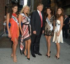 Donald Trump with Miss Puerto Rico, Miss Colombia, Miss Australia and Miss Finland at the Late Show with David Letterman in New York. (Photo: Eddie Mejia/Splash News and Pictures)