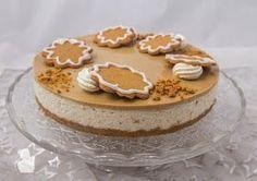 Pipari-kinuskijuustokakku Xmas Desserts, Sweet Desserts, No Bake Desserts, Sweet Recipes, Xmas Food, Christmas Baking, Gingerbread Icing, Desert Recipes, Cakes And More
