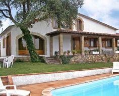 Espectacular casa de vacaciones en Tordera, #CostaBrava con capacidad para 8 personas y piscina privada