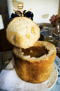 RUSTIC, ALBA, ROMANIA - Ciorba de fasole cu ciolan in pita.