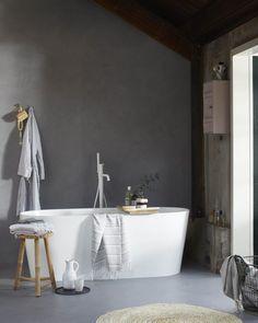 Prachtig vrijstaand bad Tub en bijpassende Curve badkraan in Powder White