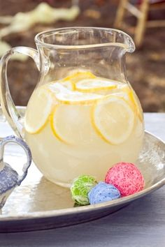 I think I'll do a pretty pitcher of fresh lemonade in addition to my sweet tea dispenser. :D