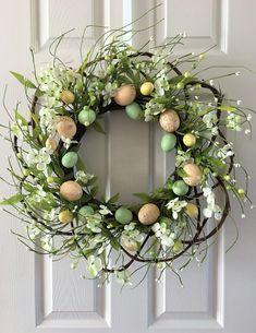 Easter Wreath,Easter door decoration,Egg wreath,Easter egg wreath,Spring wreath for front door by H2HCreation on Etsy