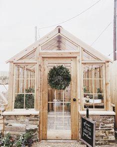 Magnolia Market Greenhouse @annaliisamoss