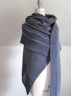A stunning wrap by Grace Anna Farrow that Lisa made even larger (see mods) for maximum comfort and versatility! Minimalist in design, Twinleaf uses short row contrast colour stripes and an asymmetr...