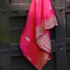 Banaras Sarees, Handloom Saree, Half Saree Designs, Indian Designer Outfits, Beautiful Saree, Hand Designs, Cheesecakes, Indian Wear, Indian Fashion