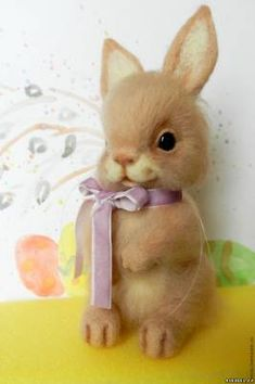 Felted Easter Bunny for Beginners – a free tutorial on the topic: Dry & Needle Felting ✓DIY ✓Steps-By-Step ✓With photos Felt Bunny, Cute Bunny, Easter Bunny, Needle Felted Animals, Felt Animals, Felt Diy, Felt Crafts, Needle Felting Tutorials, Rabbit Toys