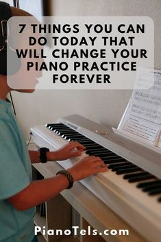 How to play piano and keyboard for beginners? This article will tell you how to learn notes, piano scales, chords, read music, etc. Music Class, Music Education, Kids Music, Piano Lessons, Music Lessons, Piano Teaching, Learning Piano, Teach Yourself Piano, Piano Recital