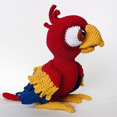 Chili the parrot amigurumi crochet pattern by IlDikko - This would be perfect for making a Blu stuffie (from the movie Rio).  :)