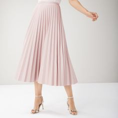 From mini to midi to maxi, your dream skirt is waiting at Coast. Discover all the skirts you'll love in our new-season collection. Coast Skirts, Coast Outfit, Blush Outfit, Pu Fabric, Pleated Midi Skirt, Ruffle Top, Going Out, Feminine, Chic