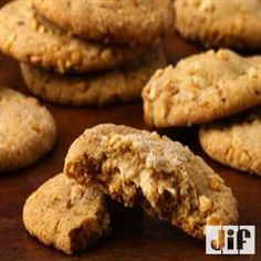 Double-Delight Peanut Butter Cookies from Pillsbury Baking Classic Peanut Butter Cookies, Best Peanut Butter Cookies, Best Cookies Ever, Peanut Butter Roll, Peanut Butter Recipes, Cookie Recipes, Dessert Recipes, Desserts, Double Delight