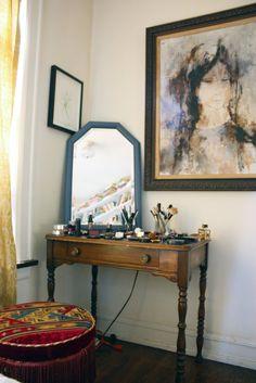 A quirky and artsy interior