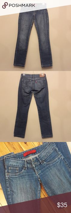 Patogê Women's Ankle Skinny Jeans, made in Brazil Excellent condition with no noticeable flaws.  Patogê brand, manufactured in Brazil  Size 38  Measurements:  15 waist 16.5 hips 6 Rise, low rise 28.5 inseam  34.5 long 5.5 cuff opening   Please message me with any questions   Thank you Patogê Jeans Ankle & Cropped