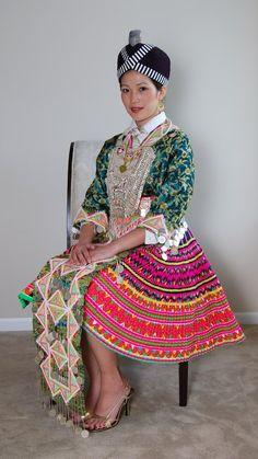 Hmong clothes