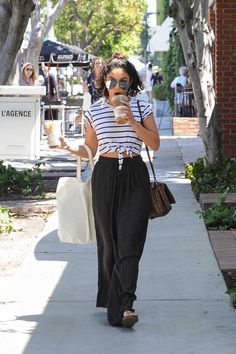 Vanessa Hudgens Was Seen With Iced Coffee in Los Angeles 08/12/2016-1