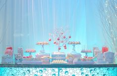 Candy Station Winter Wonderland designed by Marie Dannettelle, owner of Sweets Indeed (sweetsindeed. Winter Wonderland Decorations, Winter Wonderland Birthday, Winter Birthday, Christmas Wonderland, Frozen Birthday Party, Frozen Party, 16th Birthday, Xmas Decorations, Birthday Ideas