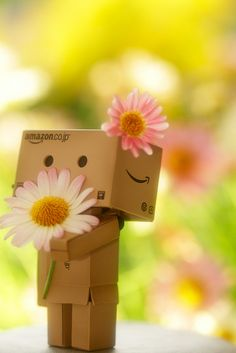"Find and save images from the ""Danbo"" collection by (*˙˘˙*)♡ on We Heart It, your everyday app to get lost in what you love. Danbo, Cardboard Robot, Box Robot, Amazon Box, Looks Pinterest, Cute Box, Little Boxes, Box Art, Cute Wallpapers"