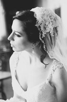 Bridal Updo, Bridal Lace, Bridal Headpieces, White Roses Wedding, Rose Wedding Bouquet, Wedding Veils, Wedding Dresses, Lace Wedding, Wedding Planer