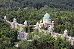 Zagreb's most famous cemetery – Mirogoj
