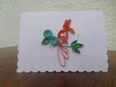 cartão em quilling tamanho 10X15 cm com pássaro na cor laranja e flores em azul  ideal também como convite