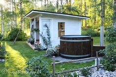 piharakennus,pihakivet,piha,puutarha,kesäkeittiö Outdoor Sauna, Outdoor Baths, Outdoor Pool, Outdoor Gardens, Backyard Studio, Backyard Retreat, Garden Villa, Garden Cottage, Sauna House