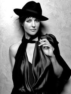 Monica Bellucci -M4U-