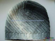 Please could someone help with the pattern of this hat, tank you very much in advance Crochet Winter, Knit Crochet, Crochet Hats, Kerchief, Knitting Accessories, Beret, Hats For Women, Headbands, Knitted Hats