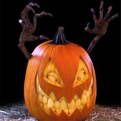 Demon Seed Jack-o-Lantern.Check out the amazing creations at.- Demon Seed Jack-o-Lantern.Check out the amazing creations at Villafane Studios! … Demon Seed Jack-o-Lantern.Check out the amazing creations at Villafane Studios! Halloween 2018, Bolo Halloween, Halloween Jack, Holidays Halloween, Halloween Pumpkins, Halloween Crafts, Scary Pumpkin Carving, Pumpkin Carving Contest, Pumpkin Art