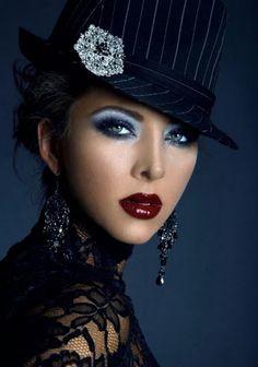 Fashion Portrait in Black & White Photography Tattoo, Fashion Photography, Stunning Photography, Portrait Photography, Beautiful Eyes, Beautiful People, Beautiful Pictures, Beautiful Women, Portrait Photos