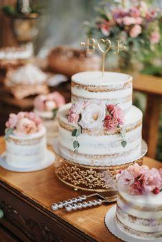 Wedding Decorations, Table Decorations, Wedding Ideas, Food Stations, Bridezilla, I Got Married, Wedding Cakes, Reception, Marriage