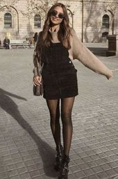 20 Edgy Fall Street Style 2018 Outfits To Copy ELLE shows that with the compl .- 20 Edgy Fall Street Style 2018 Outfits To Copy ELLE shows you that with the right add-ons, the basic t-shirt makes it look great at parties and work meetings. Simple Fall Outfits, Winter Fashion Outfits, Fall Winter Outfits, Look Fashion, Summer Outfits, Cute Outfits, Womens Fashion, Black Outfits, Fast Fashion