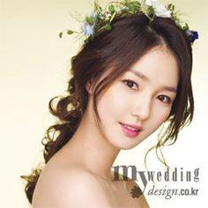 My wedding_ Like a Flower Bridal Hairdo, Wedding Hair And Makeup, Bridal Makeup, Hair Makeup, Wedding Hairstyles For Long Hair, Bride Hairstyles, Dream Day Wedding, Hair Arrange, Bridesmaid Hair