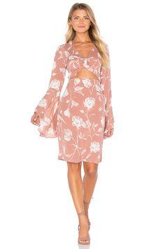 FLYNN SKYE Moscow Dress em Vintage Rose | REVOLVE